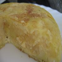 http://recetasoriginalesblog.blogspot.com.es/2016/10/tortilla-espanola-patatas-jugosa.html