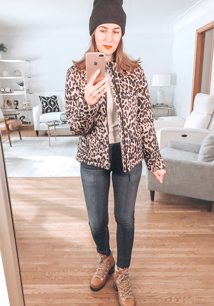 style blogger mirror selfie leopard puffer jacket Gap