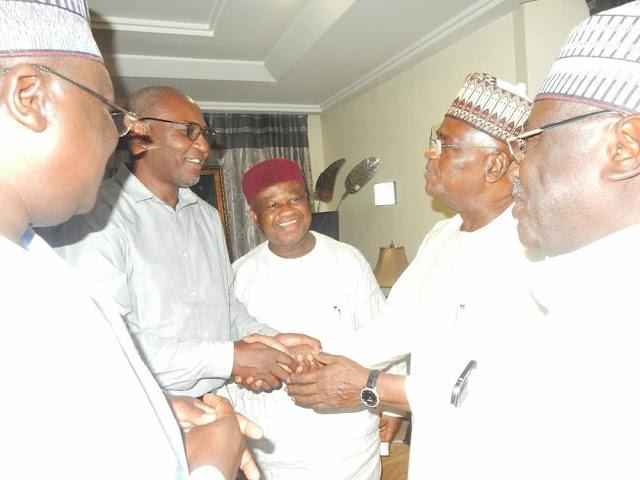 Dignitaries Visit Senator Goje (photo)