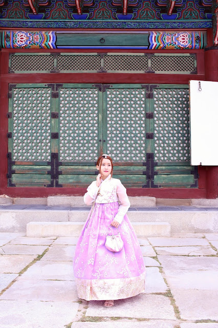 how to get to gyeongbokgung palace