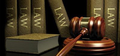 Penggolongan hukum umumnya berisi ihwal larangan dan perintah yang bersifat memaksa Penggolongan Hukum Menurut Sumbernya, Bentuknya, Isinya, Waktu Berlanenya, Tempat Berlanenya, Sifatnya, Wujudnya dan Cara Mempertahankannya