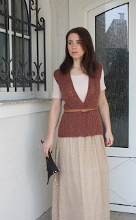 lace knitted sleeveless vest Craftrebella size M orange-brown