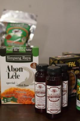 Contoh pangan lokal, Abon lele dan sirup asam maram