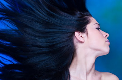 Cara alami memperkuat Akar Rambut dan Pertumbuhannya