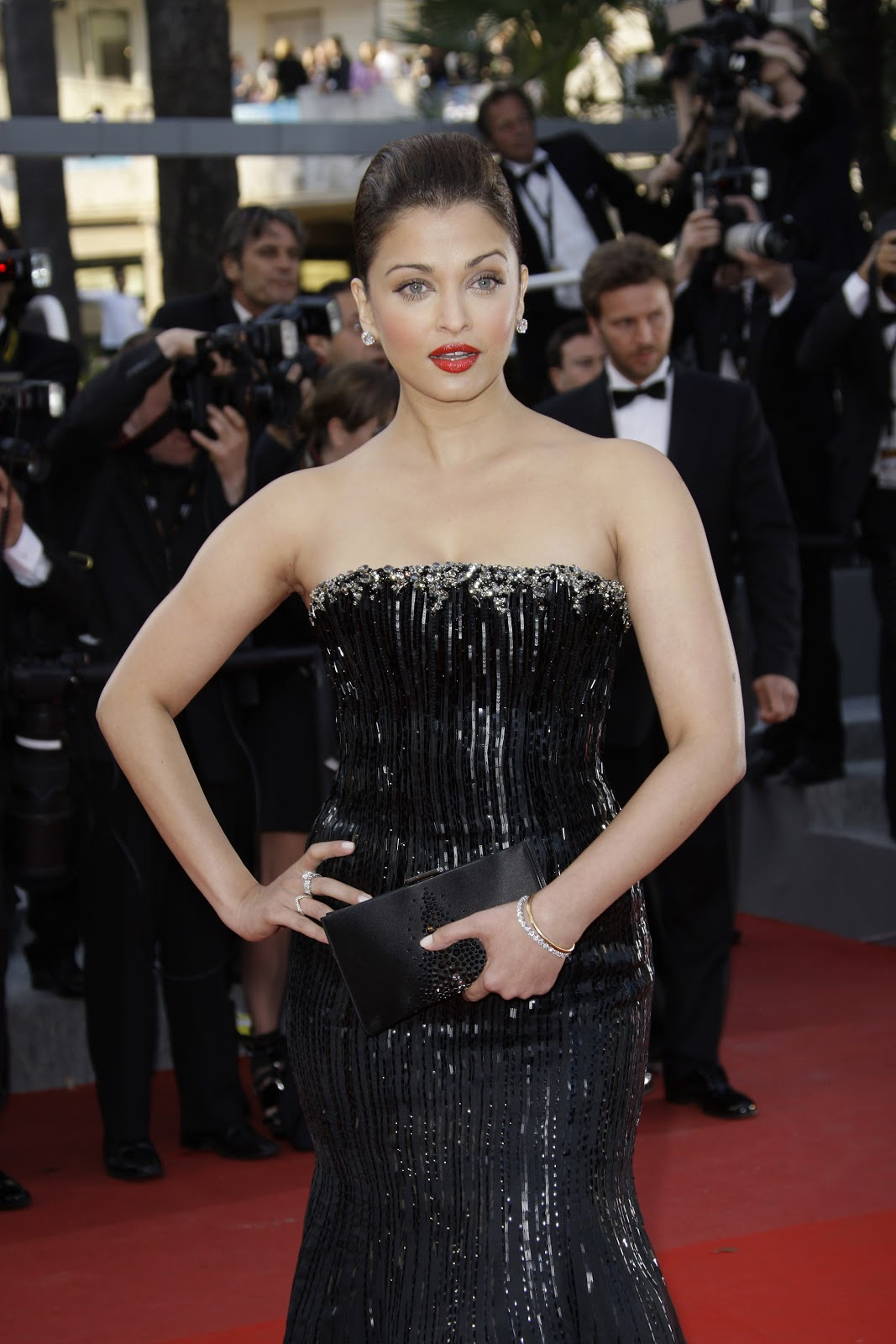 High Quality Bollywood Celebrity Pictures: Aishwarya Rai