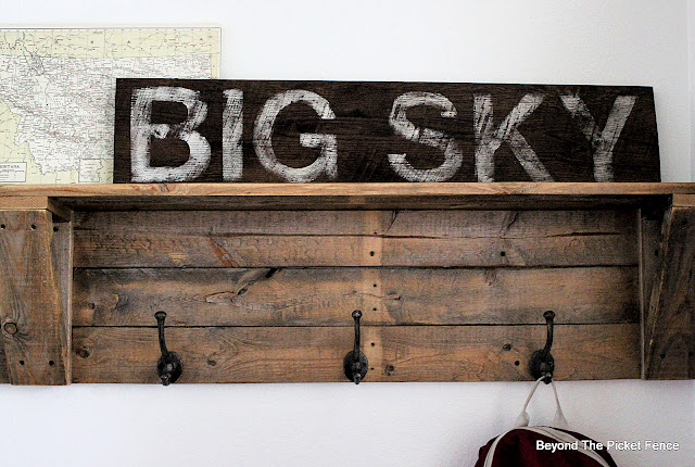 How to Make a Vintage Style Park Sign