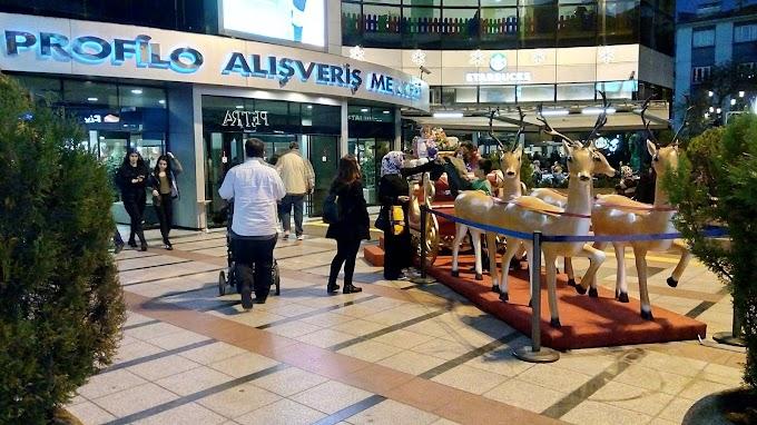 Mecidiyeköy Profilo alışveriş merkezi 2018 Noel / resim ve video