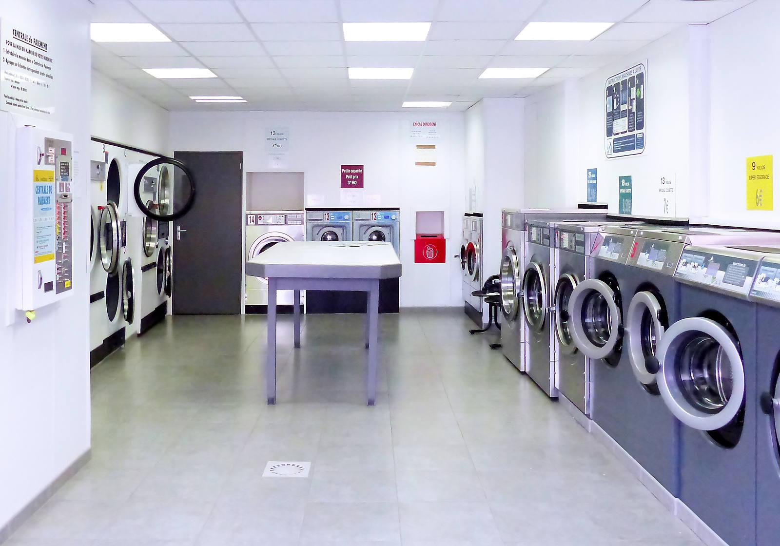 Laverie automatique Lavanor Tourcoing Centre - Intérieur