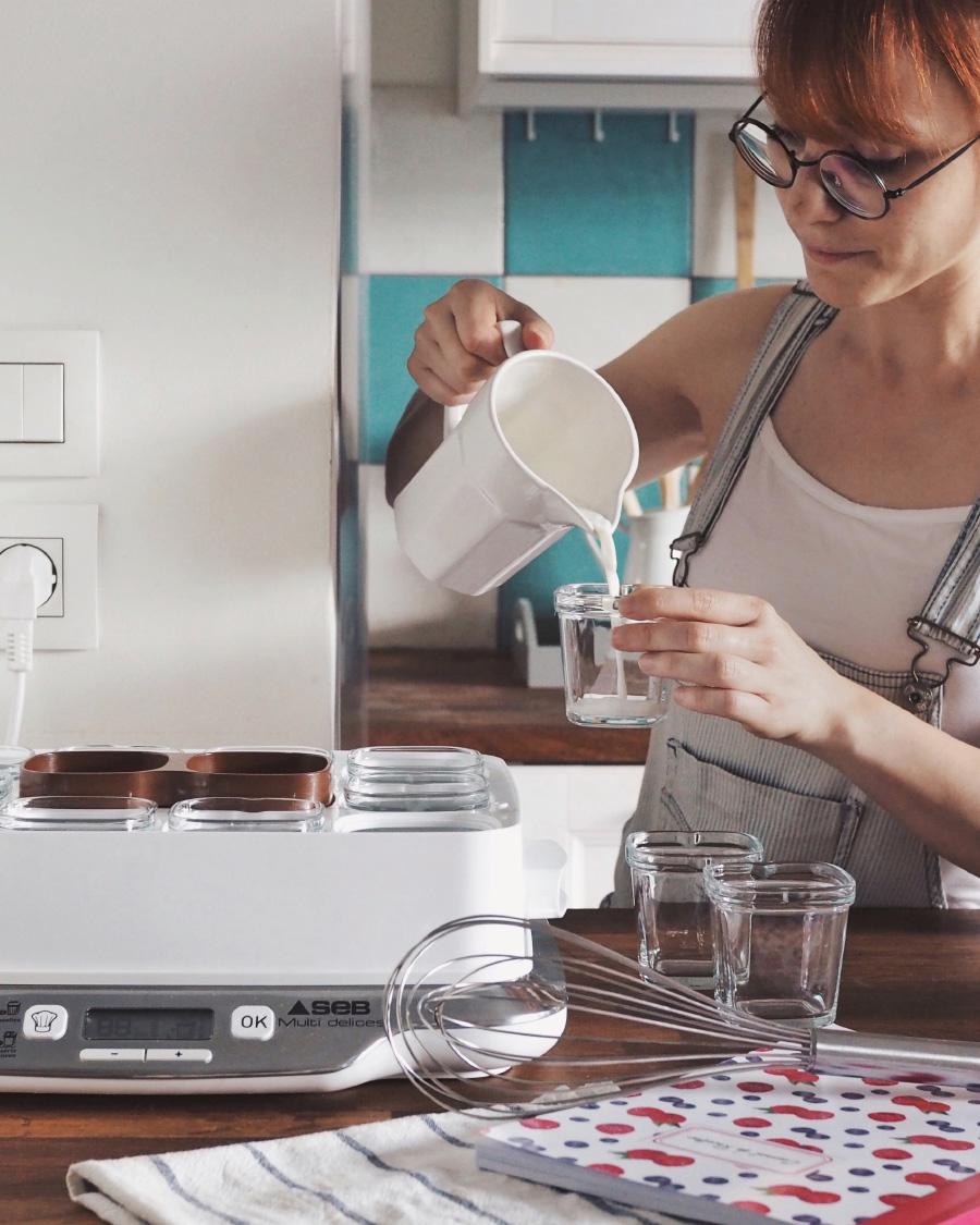 Recette de yaourts maison sans lactose avec une yaourtière