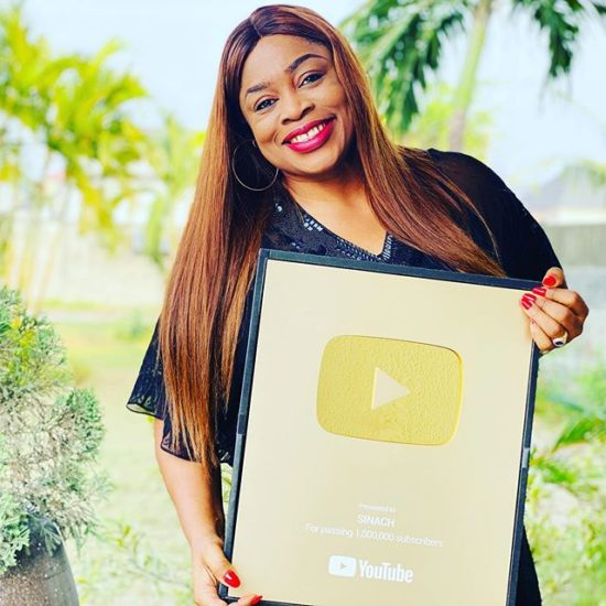 sinach-wins-youtube-gold-plaque