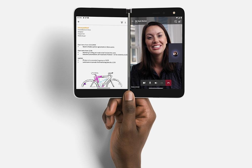 Microsoft Surface Duo disponibile in Italia