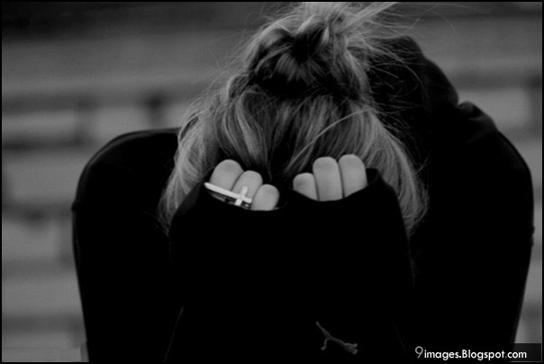 Hình ảnh tình yêu buồn khi mới chia tay người mình yêu