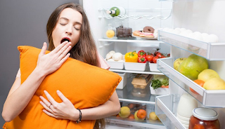 Αυτές είναι οι 9 τροφές που δεν πρέπει με τίποτα να φας πριν κοιμηθείς!