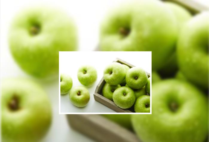 Maçãs verdes e bananas