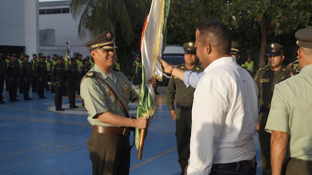 Transmisión de mando en el Comando Policía Guajira