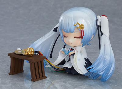 Nendoroid Snow Miku Crane Priestess Ver. - Good Smile Company
