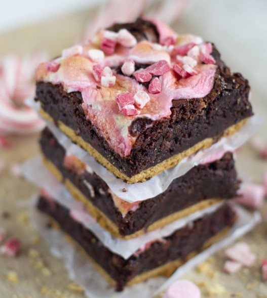 PEPPERMINT S'MORES BROWNIES