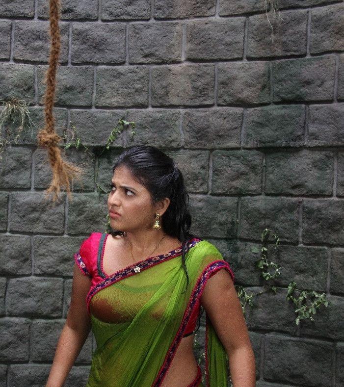 Telugu Actress Anjali Hot Photos In Nataraju Tane Raju