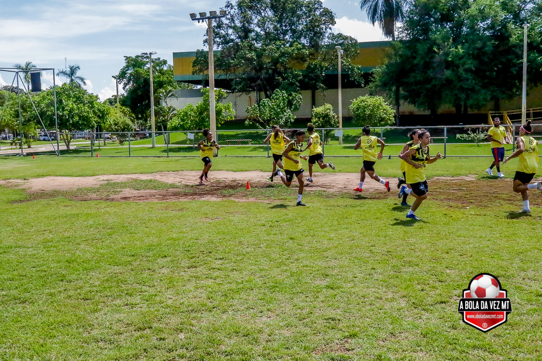 Meninas treino físico de futebol