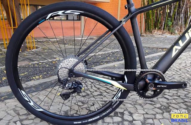 Audax Bike Pampero Gravel Carbon transmissão Shimano GRX