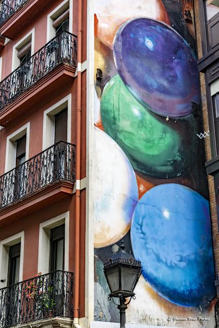 Mural en Urazurrutia 9, por José Ramón Bañales Urkullu - Bilbao, por El Guisante Verde Project