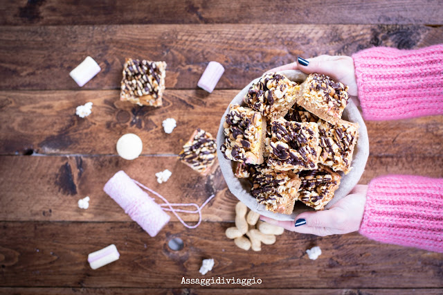 Caramel Peanut-Popcorn Squares
