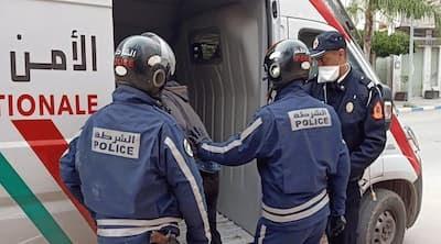 شرطية مزورة تستخلص الغرامات..تستهدف المحلات التجارية و تهدد الزبناء بالاعتقال لعدم ارتداء الكمامة