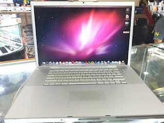 "Laptop MacBook Pro 2008 Core2 Duo 2.4GHz 17"" RAM 4GB HDD 160GB Seken"