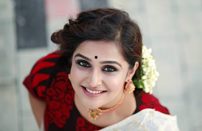 Ramya Nambessan Saree Stills