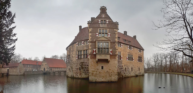 Vischering Castle from its side in Münsterland
