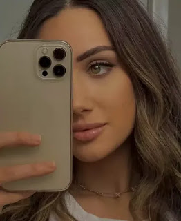 Angela Giakas (Blogger) Wiki, Biography, Age, Boyfriend, Family, Facts and More