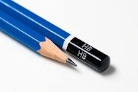 Bir kurşun kalemin ucu ve arkası