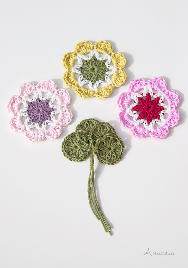 Crochet Flower Squares pattern, by Anabelia Craft Design