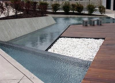 Maria helena creando tus espacios el agua como elemento for Peces para fuente exterior