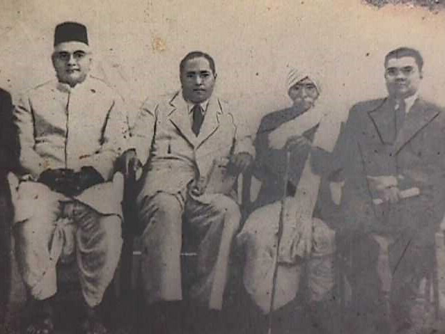 Mr. M.V.Donde, Dr. Ambedkar, Ra0 Bahadur C. K. Bole, Mr. D. G. Jadhav and Mr. Kamalakant Chitre of People's Education Society, Bombay