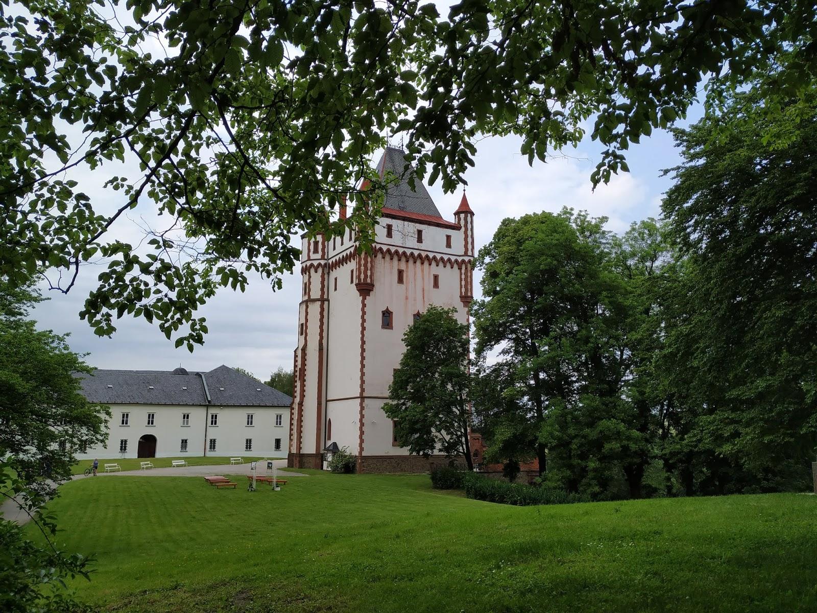 hradec nad moravicí bílá věž