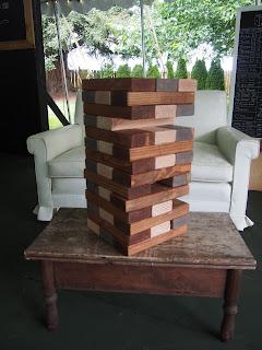 http://rusticeventsrentals.blogspot.com/p/lawn-games.html