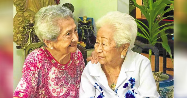 BFF GOALS: Grandmothers 101-Year-Old Nena And 97-Year-Old Tining Are Friends For 80 Years!