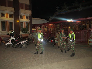 Antisipasi Isu SARA, Regu Keamanan Jaga Objek Vital