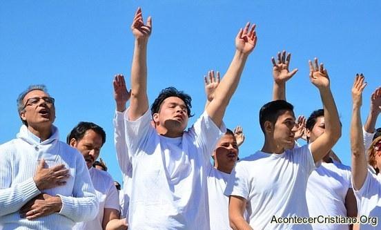 Refugiados musulmanes bautizados en Alemania
