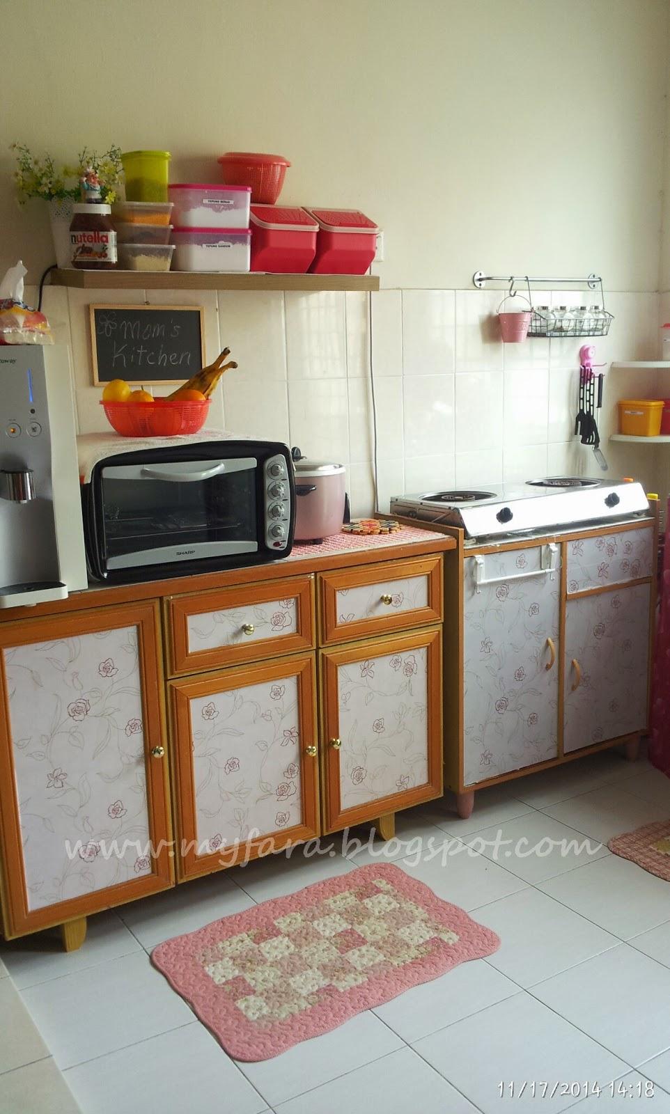 Rumah Sewa Ini Je Yang Termampu Ruang Pun Kecil Sebab Dapur Ni Memanjang Bersekali Dengan Makan Dan Laundry Saya Cuba Susun Atur Sebaik Mungkin