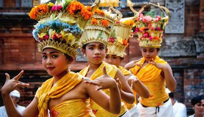 Macam Tarian Tradisional Indonesia