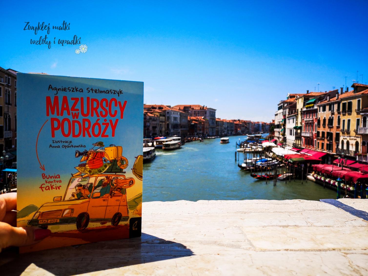 Lato z książką, czyli Mazurscy w podróży