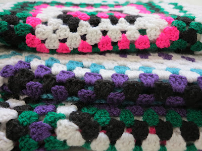 crochet, granny squares, neon pink, colours, Haafner, throw, plaid, vintage style