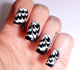 Drag marble Nail Design