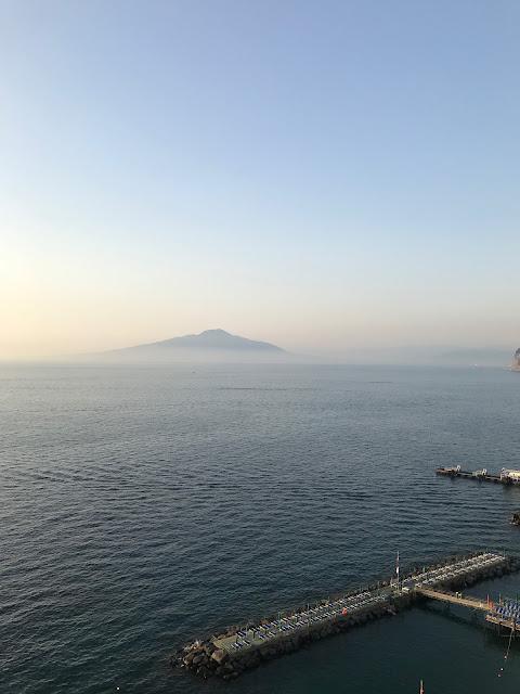 Sorrento travel time sea views
