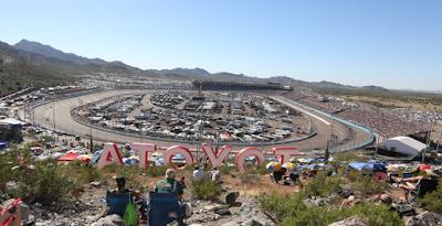 Phoenix Raceway #NASCAR Fan Guide