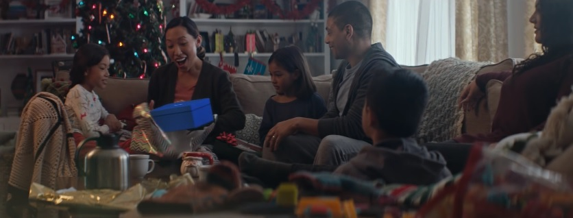 New Samsung Galaxy Commercial Unwrap The Feels This Christmas With ...