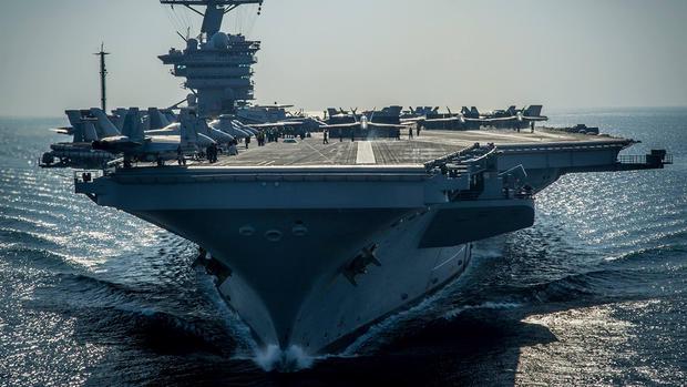 Uma caça F-18 colidiu quando tentava aterrissar no porta-aviões USS Carl Vinson, que os Estados Unidos mandaram recentemente para a Península da Coreia
