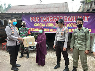 Kapolres Enrekang Kunjungi Posko Covid-19 Perbatasan Enrekang - Toraja dan Salurkan Bantuan